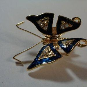 Jewelry - Vintage Goldtone butterfly brooch pin pendant